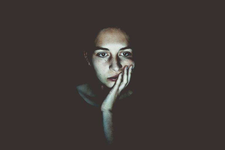 Pensamientos Obsesivos: ¿Qué son y Cómo Eliminarlos?